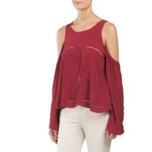 NWT Lovers+Friends red cold shoulder top